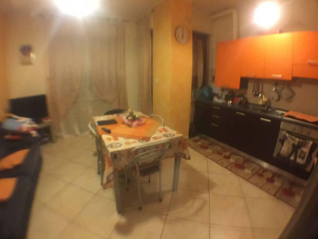 Appartamento in ottime condizioni in affitto Rif. 8677117