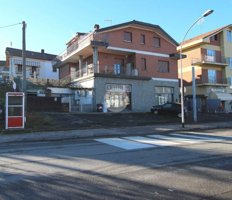 Appartamento in ottime condizioni in vendita Rif. 8679152