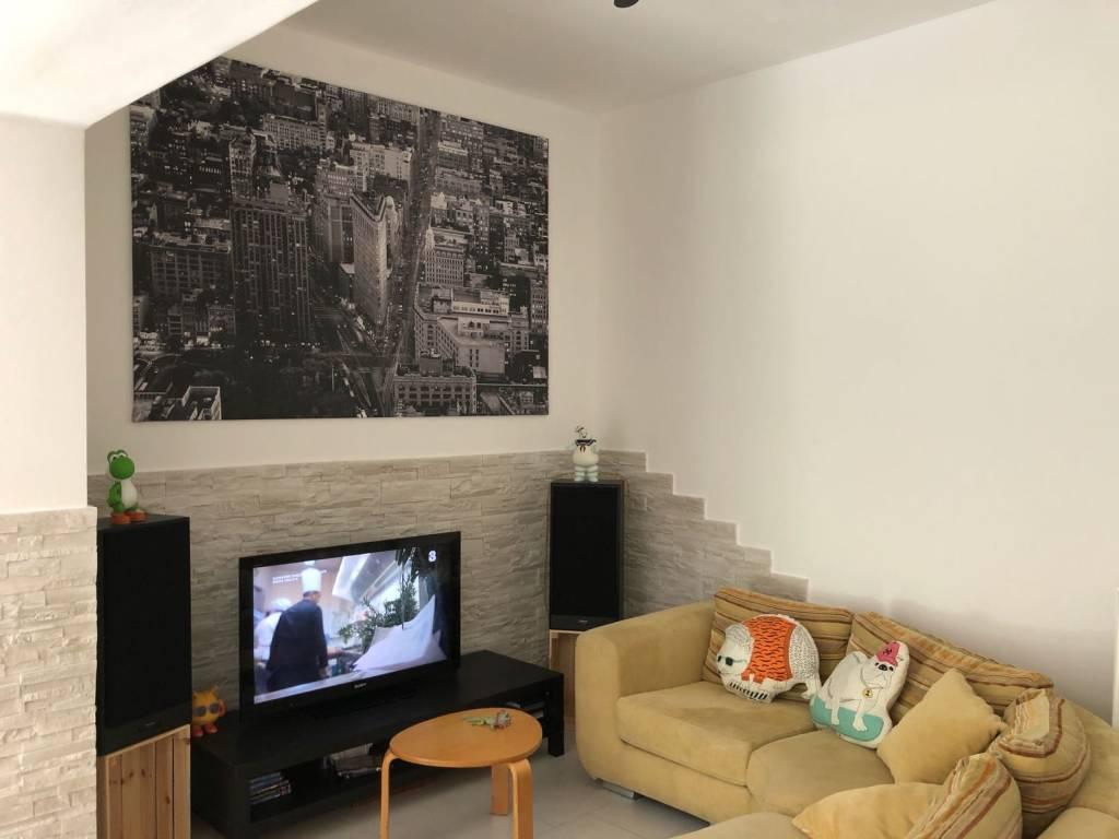 Casa Indipendente in ottime condizioni in vendita Rif. 8017736