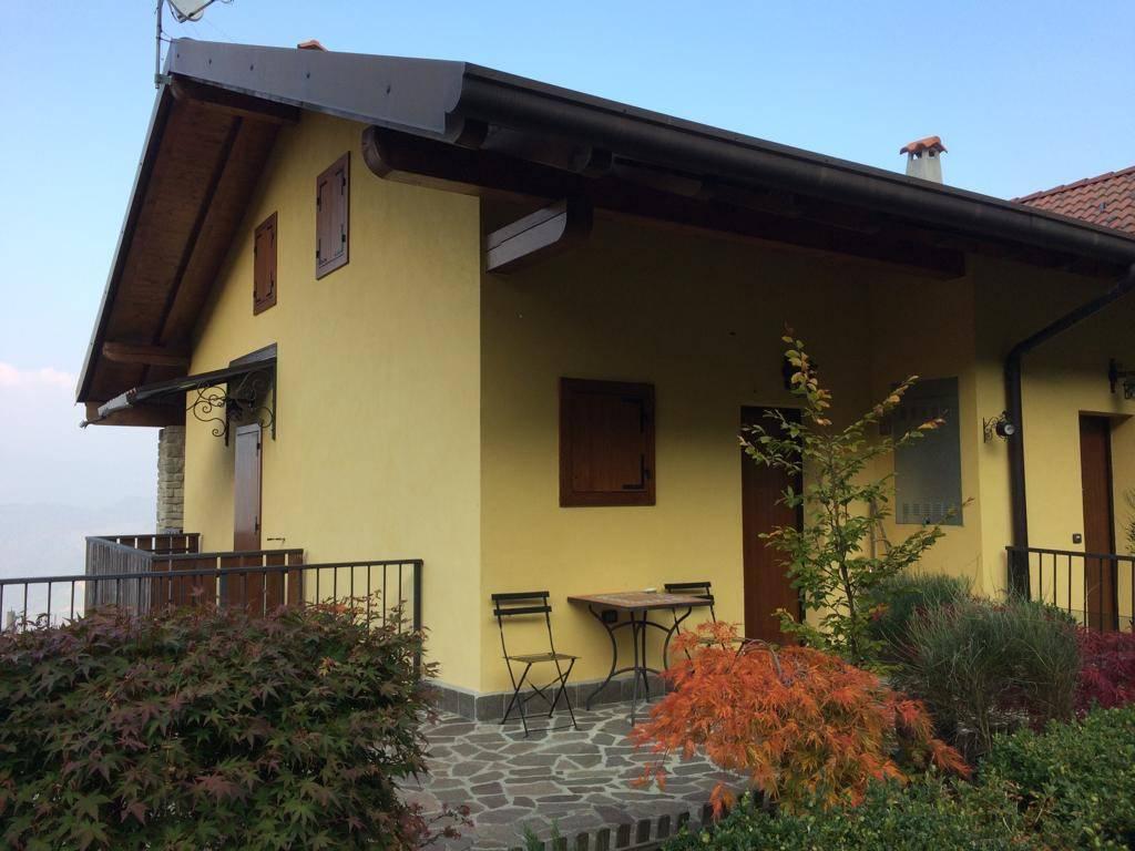 Appartamento in ottime condizioni in vendita Rif. 8677350