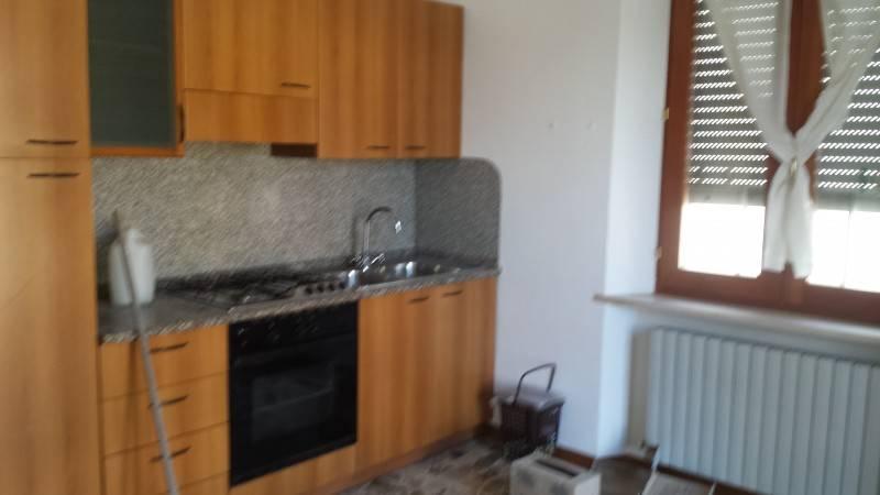 Appartamento in affitto Moie J33292