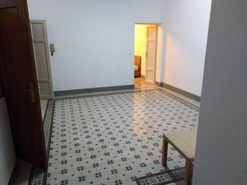 Appartamento in Affitto a Pontedera Semicentro: 4 locali, 90 mq
