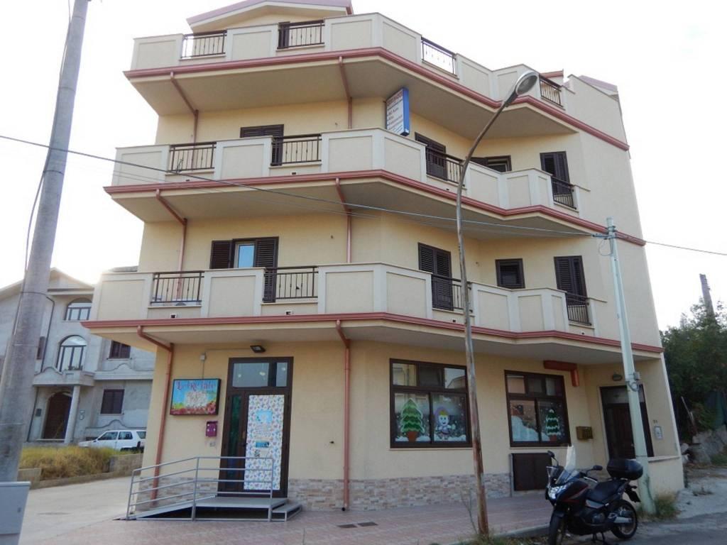 Appartamento in Vendita a Siderno Centro:  4 locali, 110 mq  - Foto 1