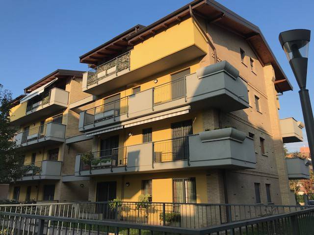 Appartamento in ottime condizioni in vendita Rif. 9016682