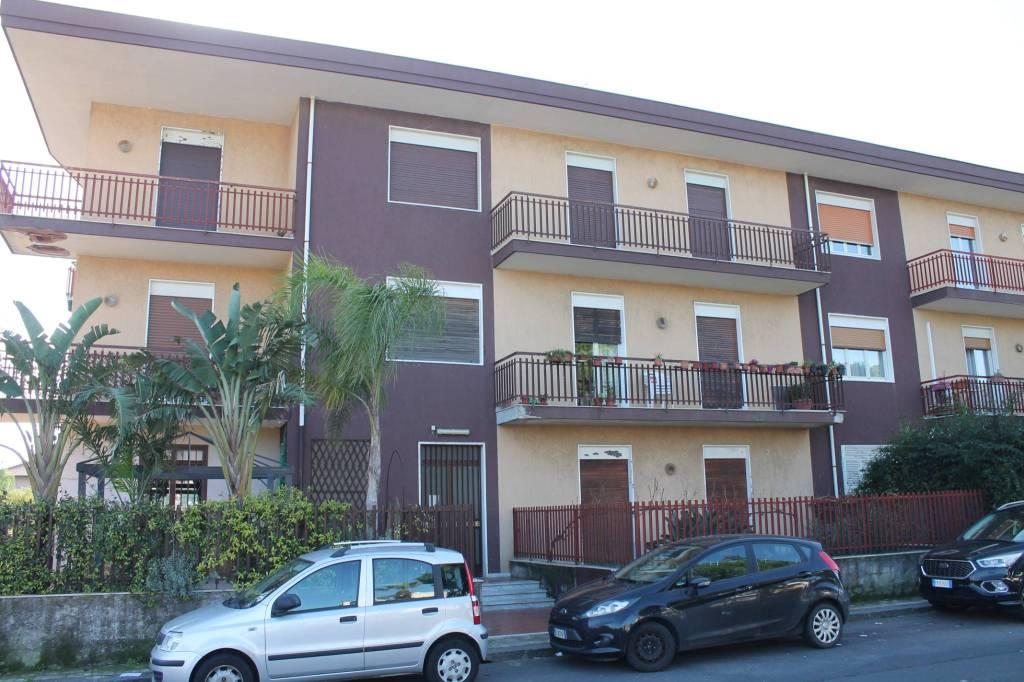Appartamento in Vendita a Mascalucia Centro: 3 locali, 80 mq