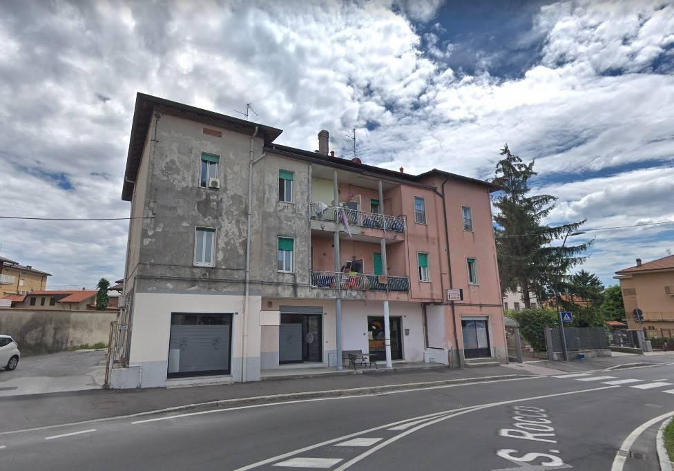 Appartamento in buone condizioni in vendita Rif. 8692911