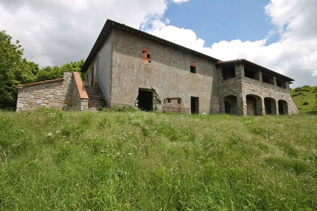 Toscana, Santa Fiora casale in vendita