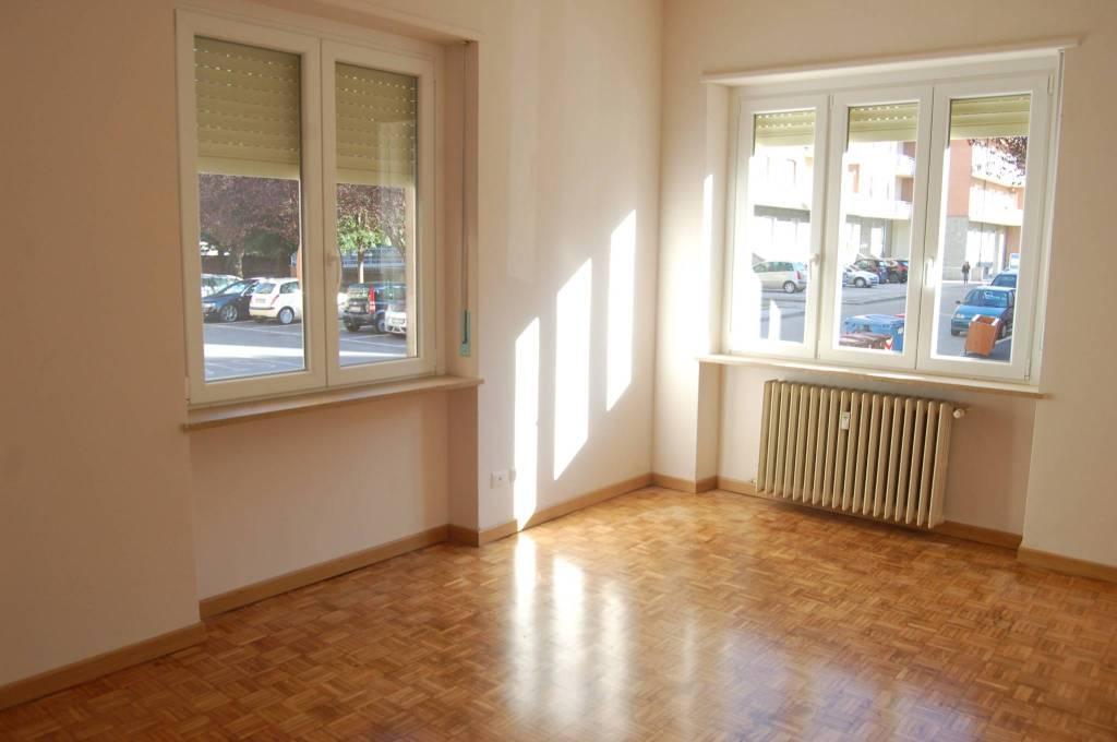Appartamento in ottime condizioni in affitto Rif. 8688930