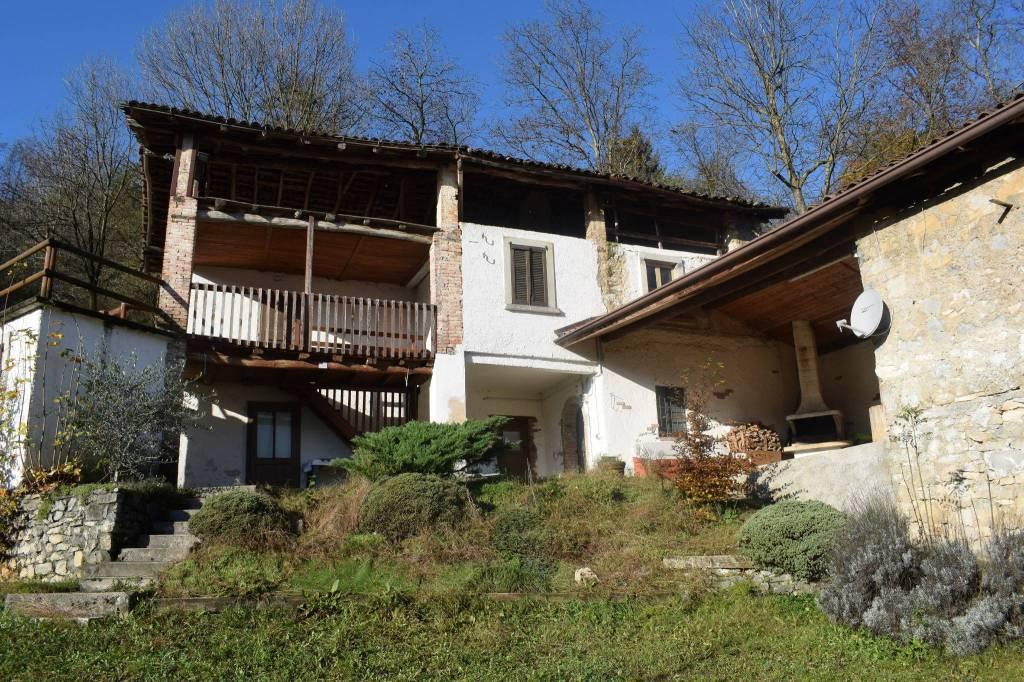 Rustico / Casale in vendita a Leffe, 7 locali, prezzo € 249.000 | PortaleAgenzieImmobiliari.it