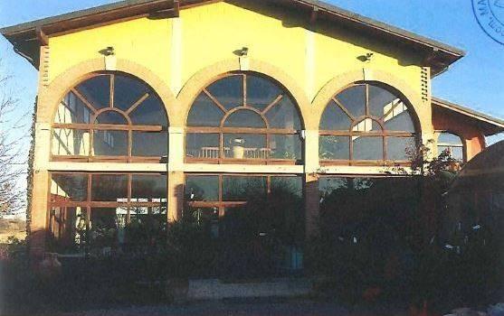 Stabile / Palazzo in buone condizioni in vendita Rif. 8744531