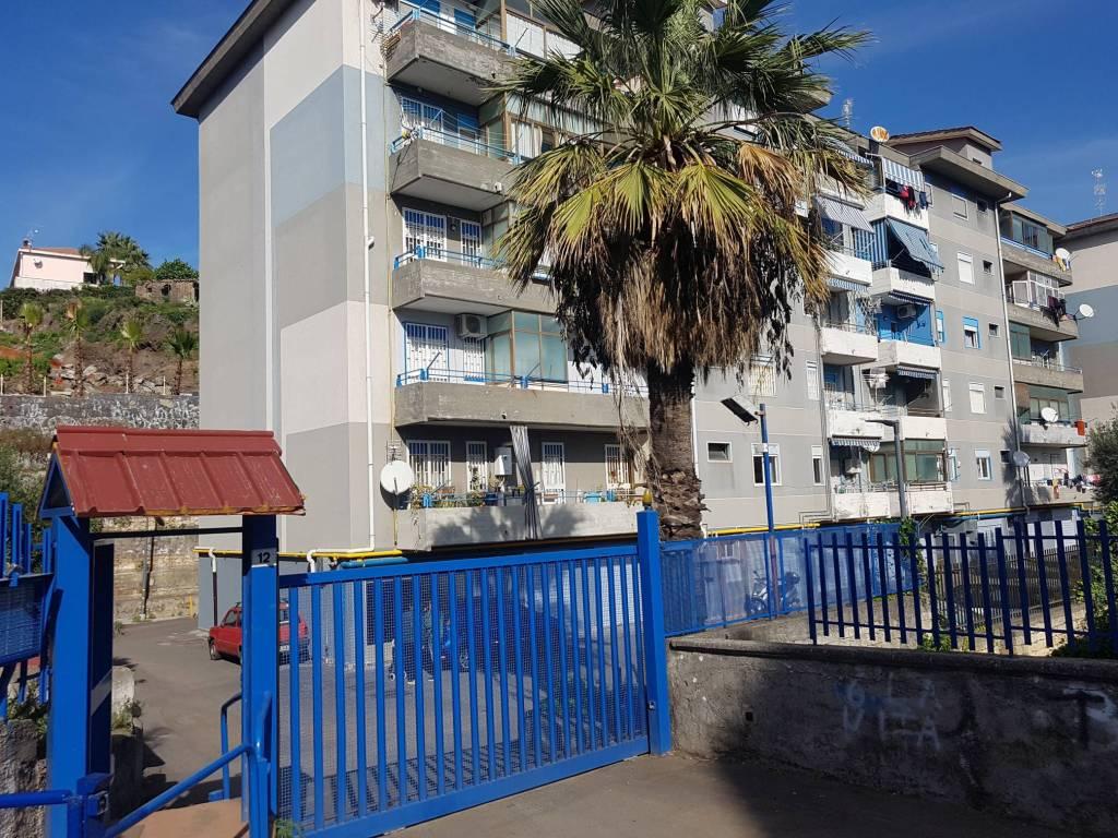 Appartamento da ristrutturare in vendita Rif. 8693553
