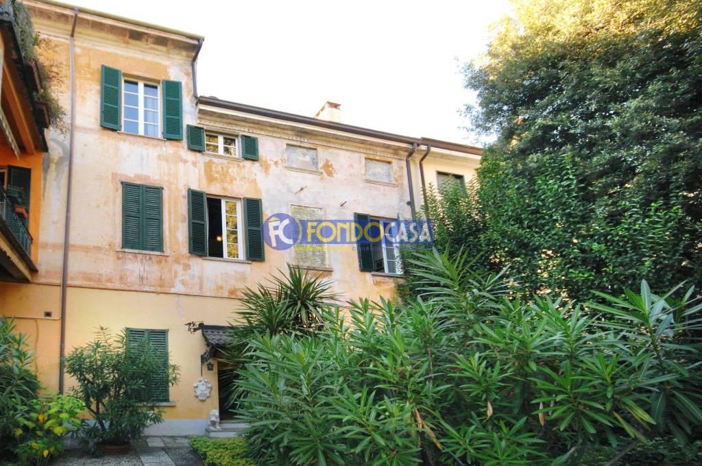 Appartamento in buone condizioni in vendita Rif. 8690692