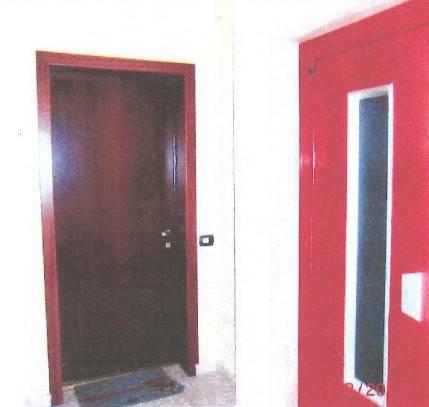 Appartamento in buone condizioni in vendita Rif. 8693711