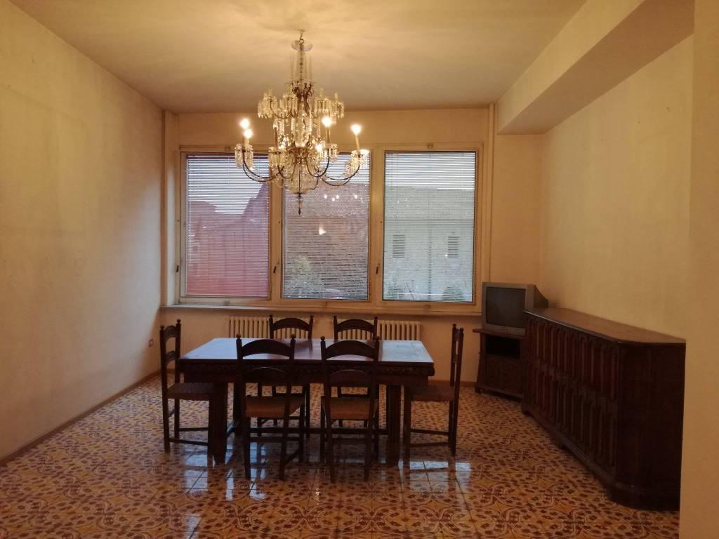 Appartamento in ottime condizioni parzialmente arredato in affitto Rif. 7643527