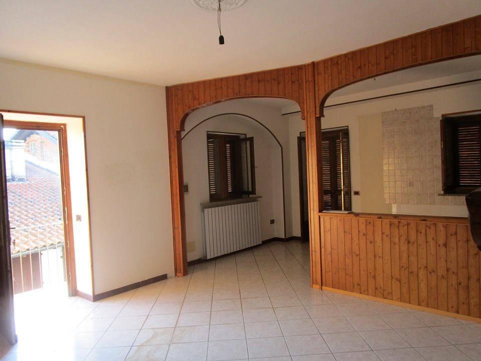 Appartamento con doppi servizi