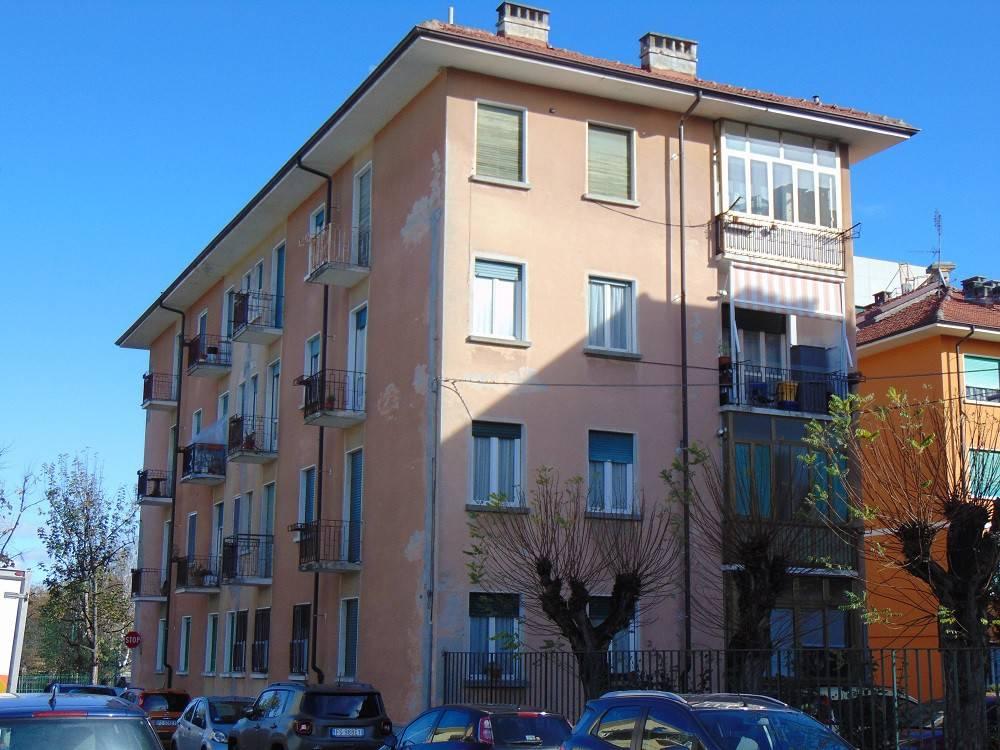 Foto 1 di Trilocale via Felice Bertolino 10, Cuneo