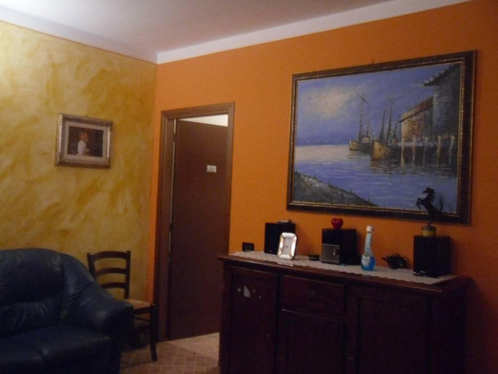 Appartamento in ottime condizioni in vendita Rif. 8692391