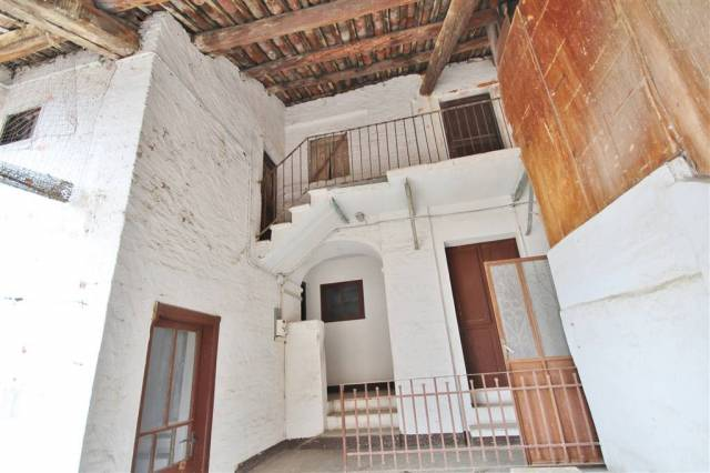 Casa indipendente in Vendita a Rocca De' Baldi Centro: 5 locali, 200 mq