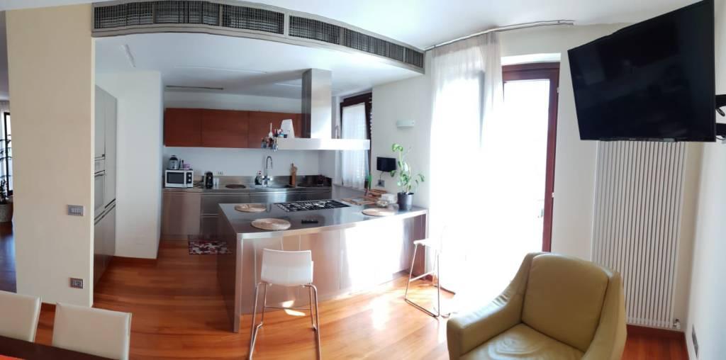 Appartamento in vendita a Montecosaro, 5 locali, Trattative riservate | PortaleAgenzieImmobiliari.it