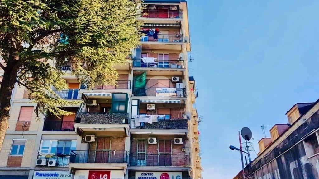 Appartamento da ristrutturare in vendita Rif. 9273885