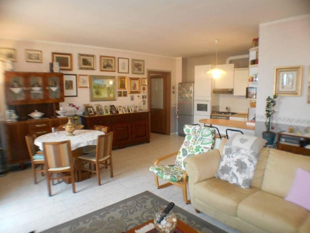 Appartamento in vendita Rif. 8703168