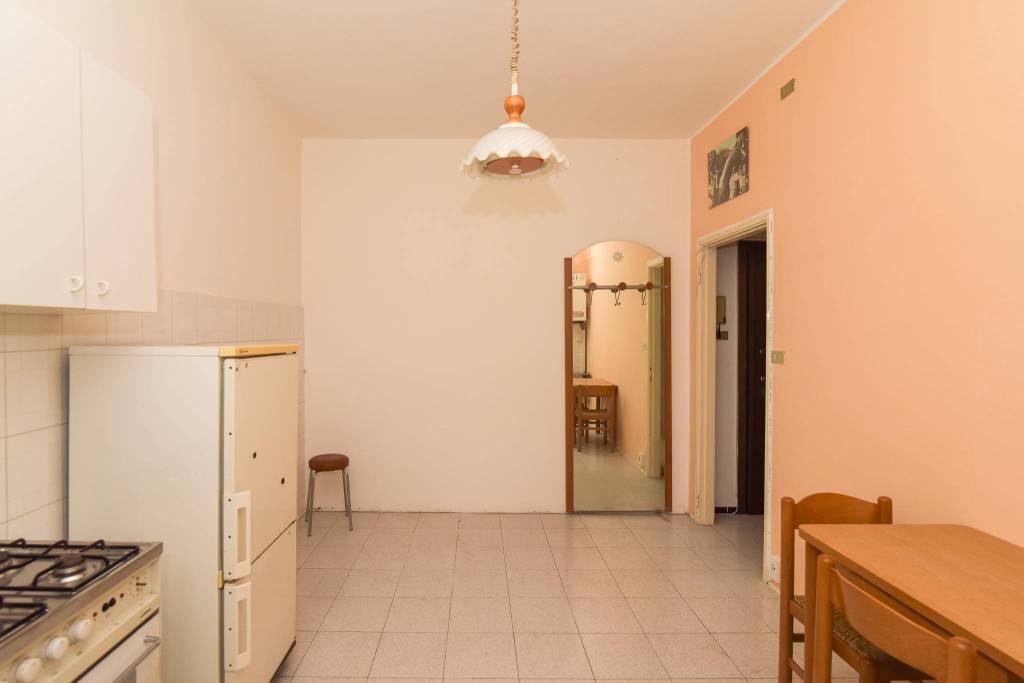 Appartamento in buone condizioni in vendita Rif. 8693552