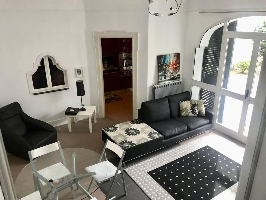 Appartamento in ottime condizioni arredato in affitto Rif. 8719295