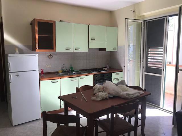 Appartamento in buone condizioni in affitto Rif. 8717572