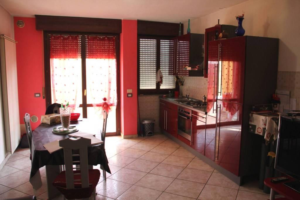 Appartamento in Vendita a Longiano Periferia: 3 locali, 96 mq