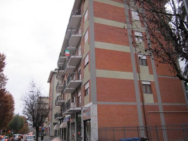 Appartamento in buone condizioni in vendita Rif. 8922096