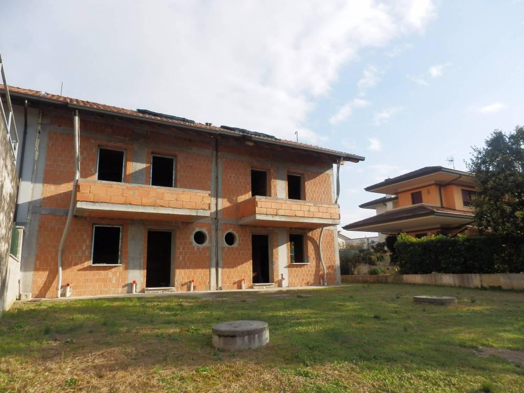 Villetta a schiera in vendita Rif. 8718901