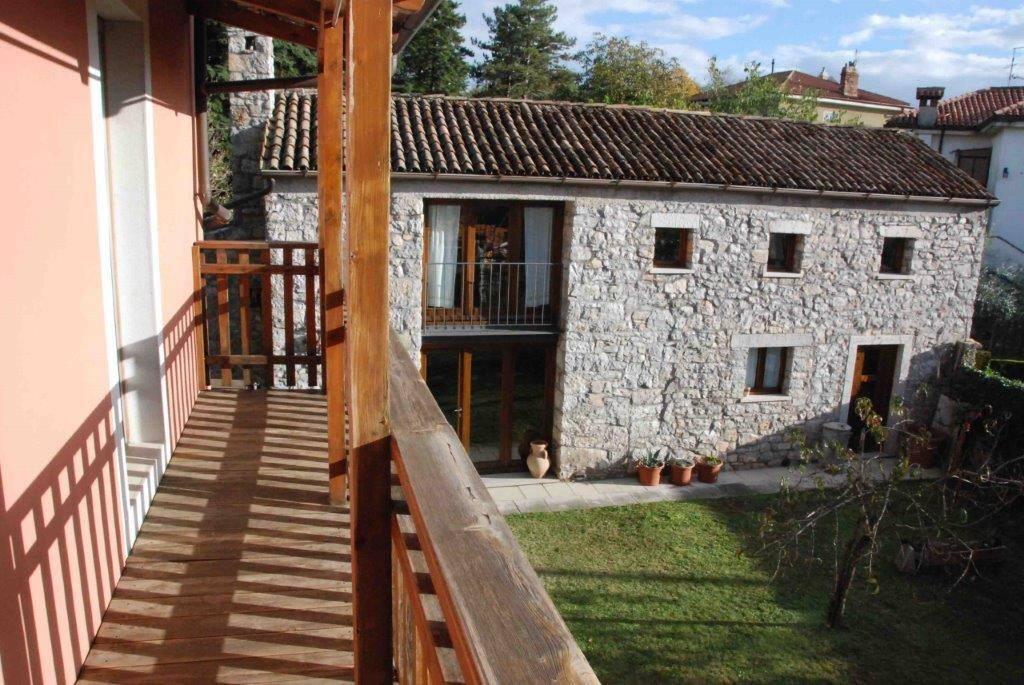 Villa carsica con depandance e ampio giardino - carso