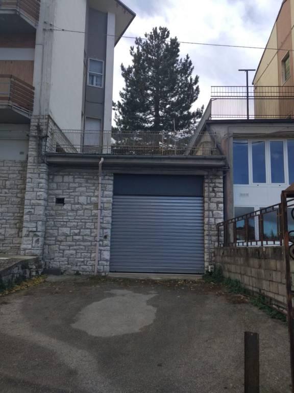 Locale deposito/box con piazzale 50 mq via duca d'aosta