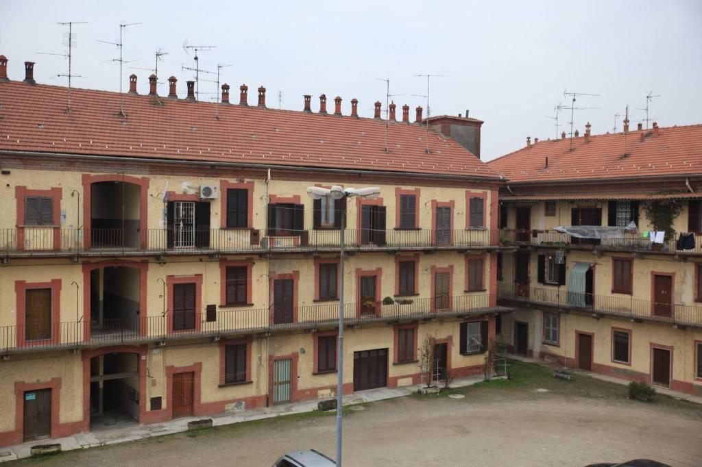 Appartamento in ottime condizioni in vendita Rif. 9151728