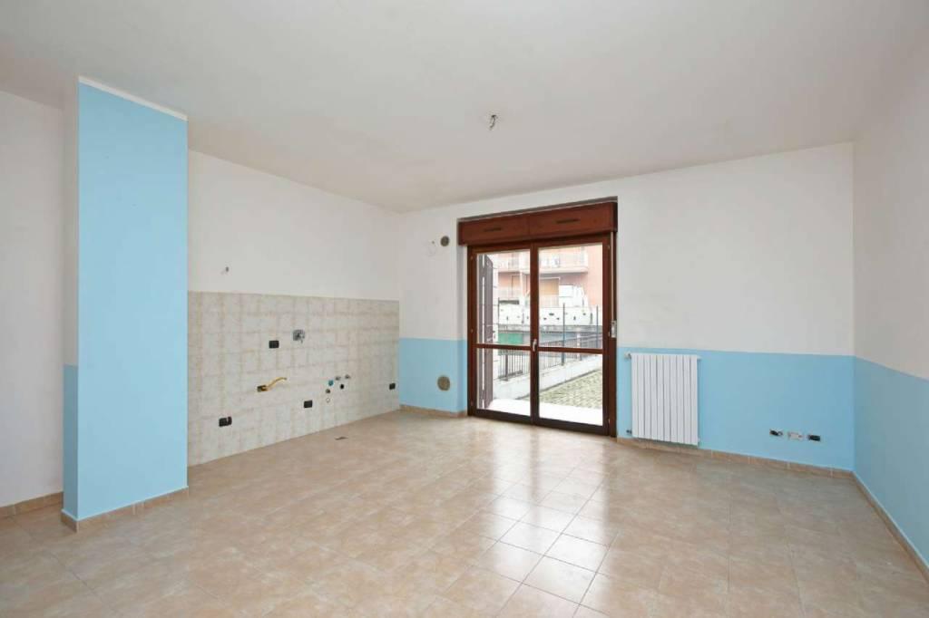 Appartamento in ottime condizioni in vendita Rif. 9432450