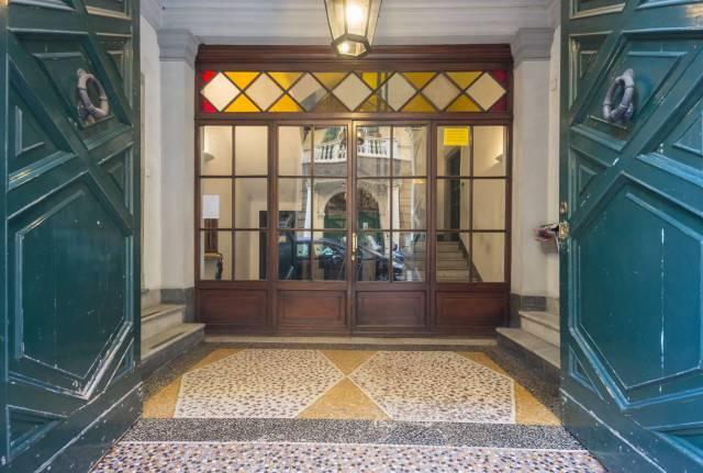 Foto 18 di Appartamento Genova