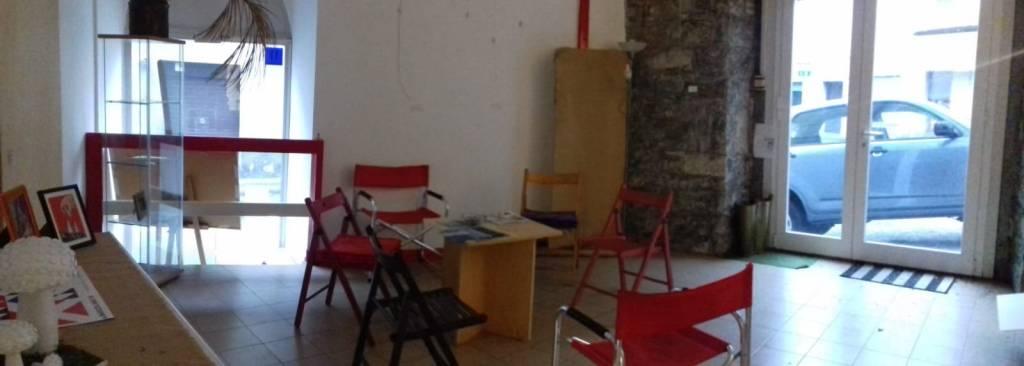 Via Bramante - locale d'affari/studio