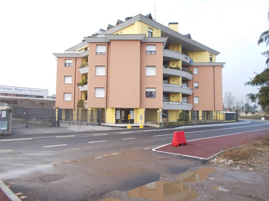Appartamento in ottime condizioni arredato in affitto Rif. 8733095