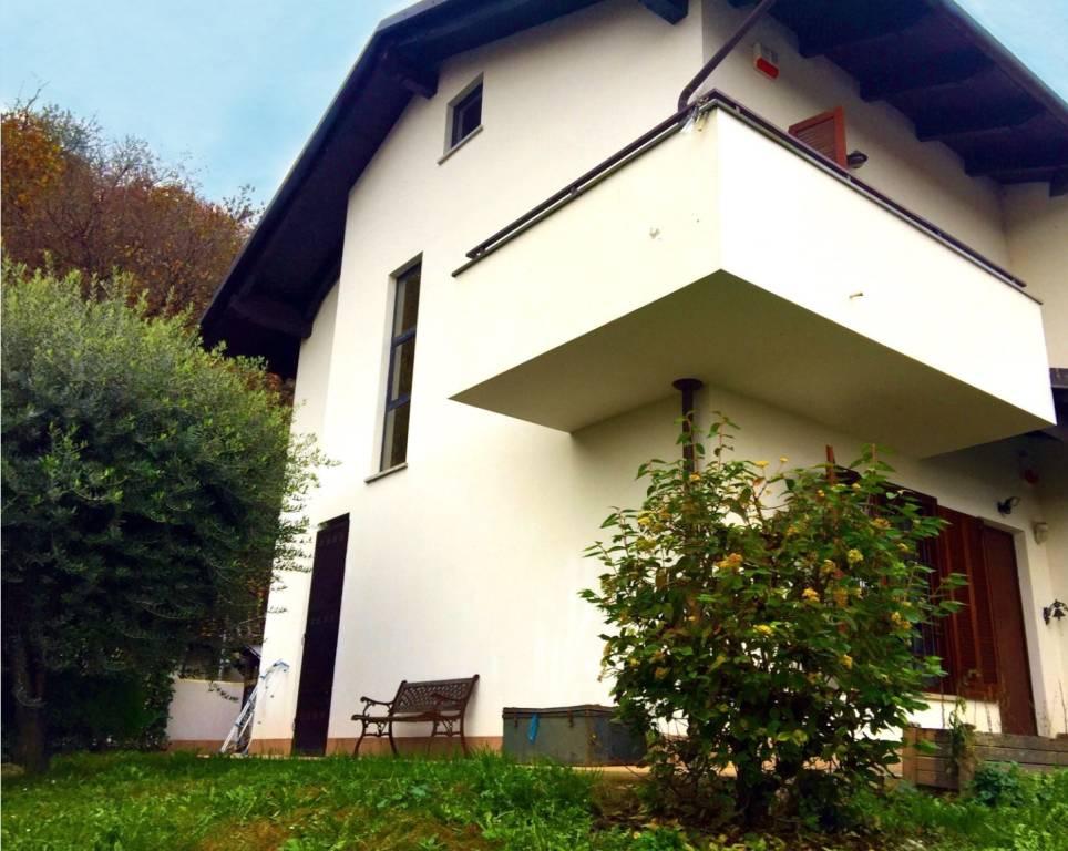 Villetta a schiera in ottime condizioni in vendita Rif. 8737360