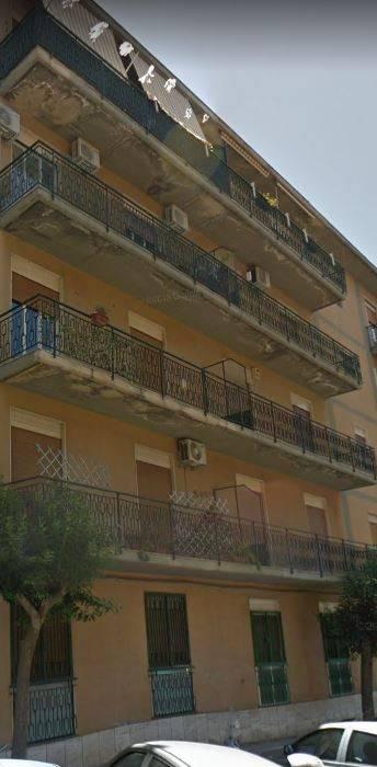 Appartamento in buone condizioni in vendita Rif. 8735026