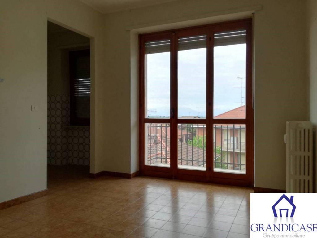 Appartamento in buone condizioni in vendita Rif. 7766822