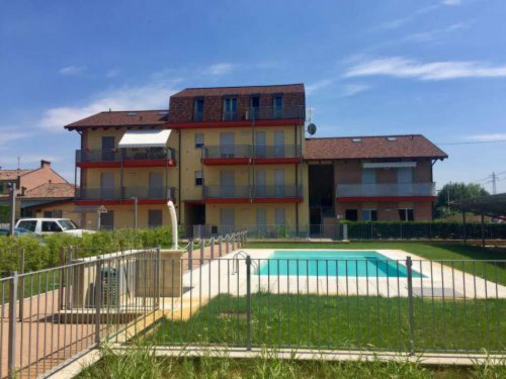 Appartamento in ottime condizioni in vendita Rif. 8732988