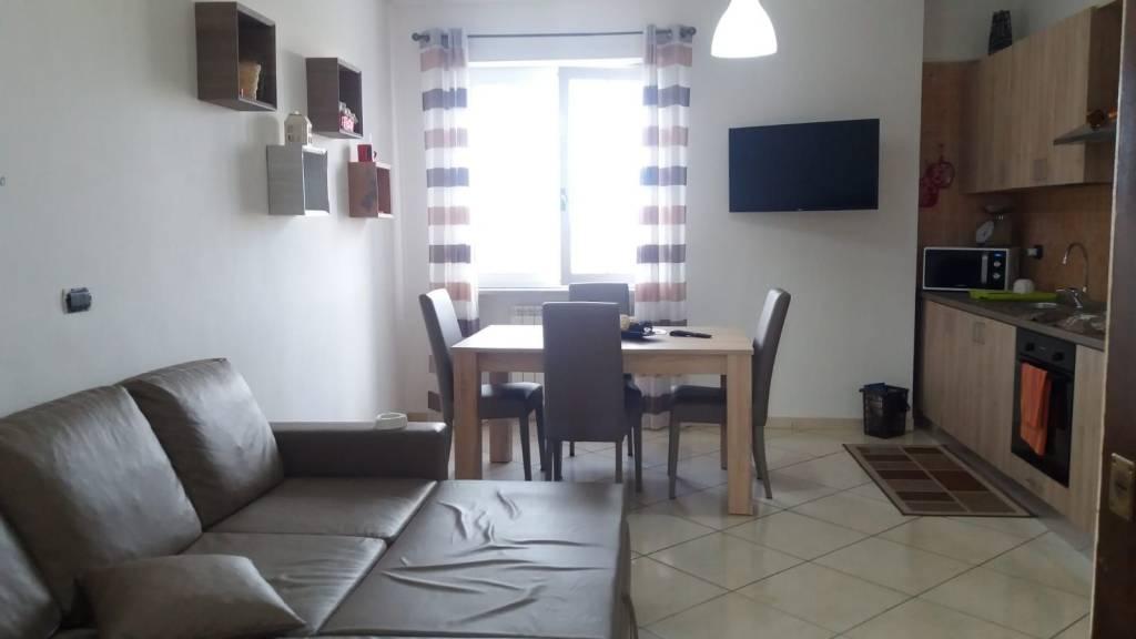 Appartamento in affitto a Pollena Trocchia, 2 locali, prezzo € 450 | CambioCasa.it