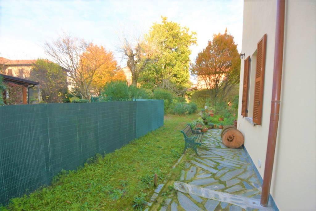 Villa da ristrutturare in vendita Rif. 8737140