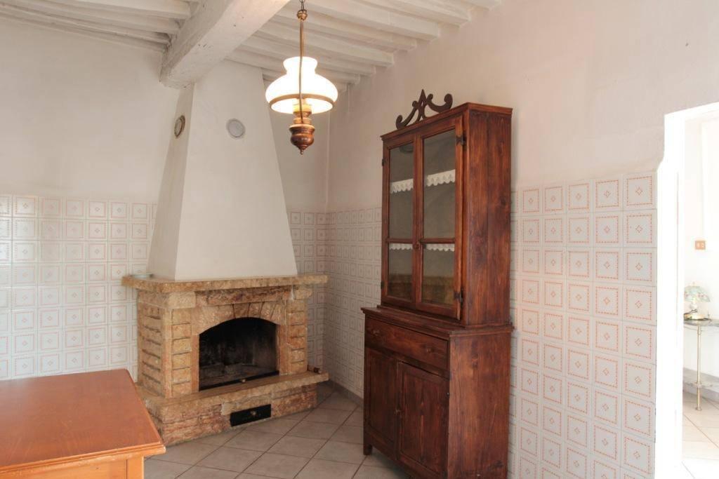 Casa Indipendente da ristrutturare in vendita Rif. 8731909
