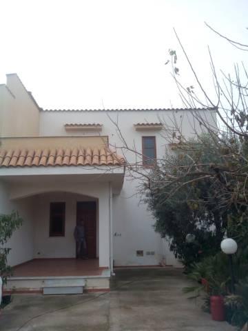 Villa in Vendita a Carini Centro: 3 locali, 140 mq