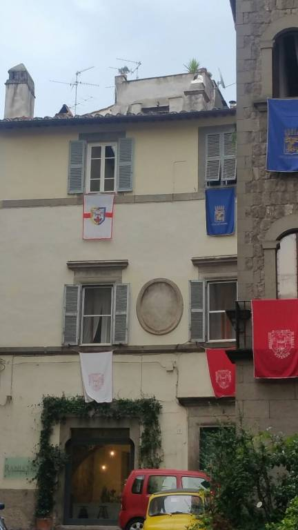 Appartamento in vendita a Viterbo, 4 locali, prezzo € 155.000 | CambioCasa.it