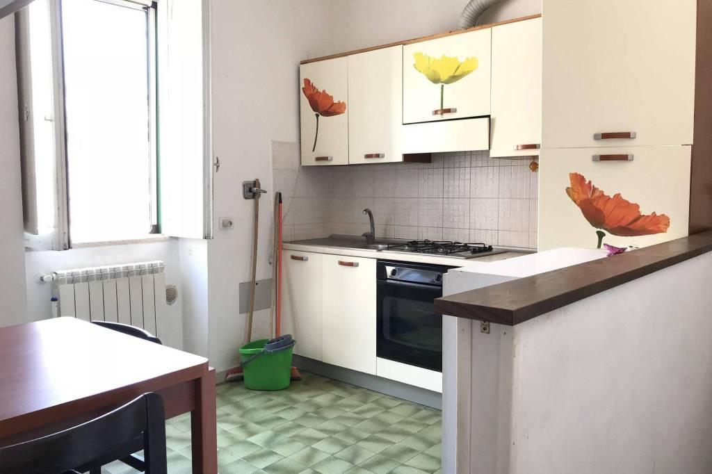 Appartamento in buone condizioni parzialmente arredato in affitto Rif. 8202778