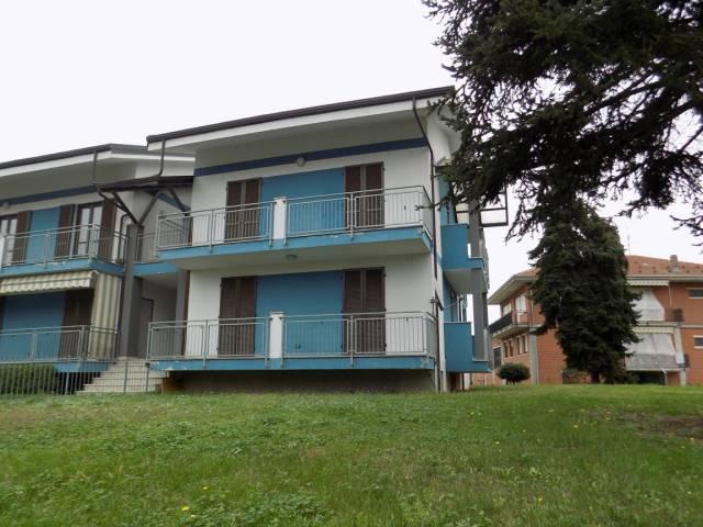 Appartamento in ottime condizioni parzialmente arredato in vendita Rif. 6315405