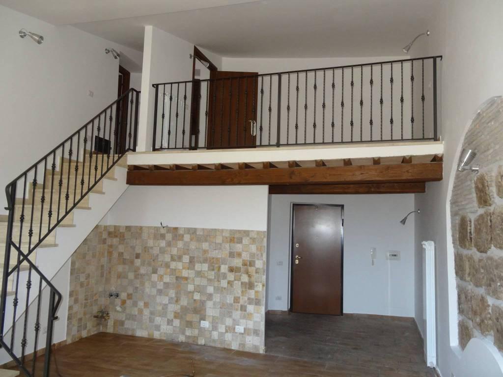 Appartamento in ottime condizioni in vendita Rif. 8732187